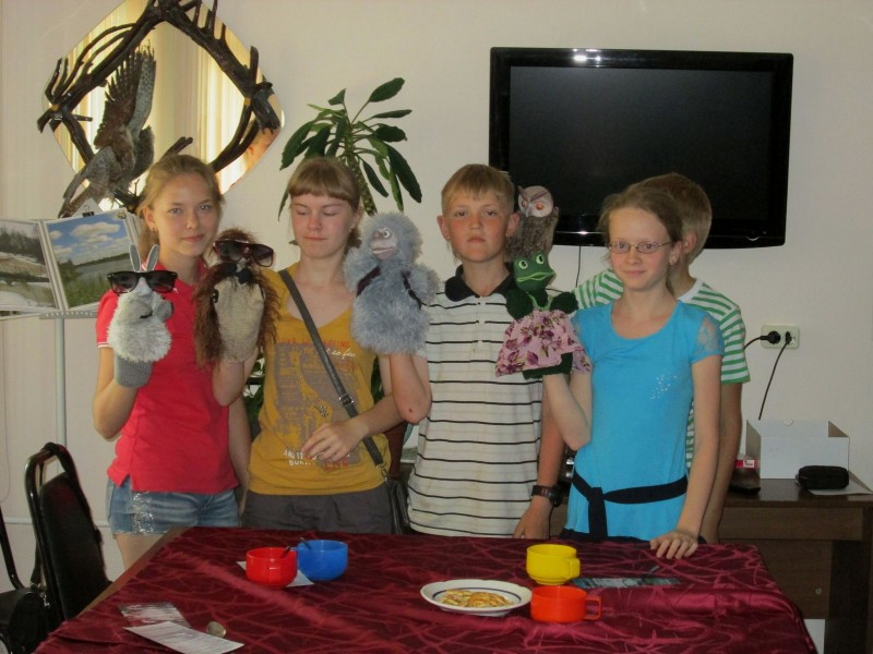 Юные актеры на поклоне. Фото Рогожкиной Ю.С.