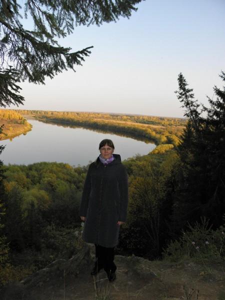 На берегу р. Сысолы в с. Ыб