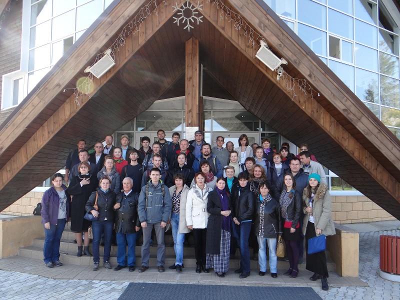 Участники совещания в Финно-угорском этнопарке в с. Ыб.