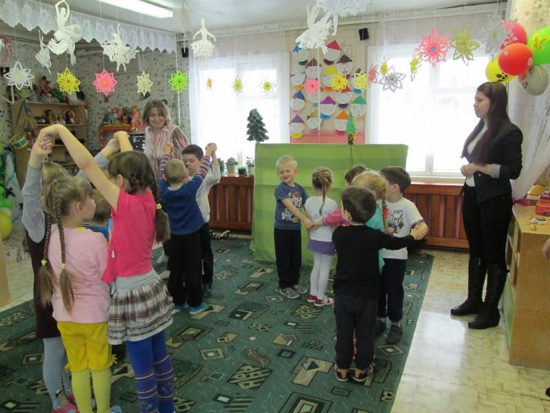 День зимующих птиц  в детском саду д. Калачиги. Фото Е.В. Князевой