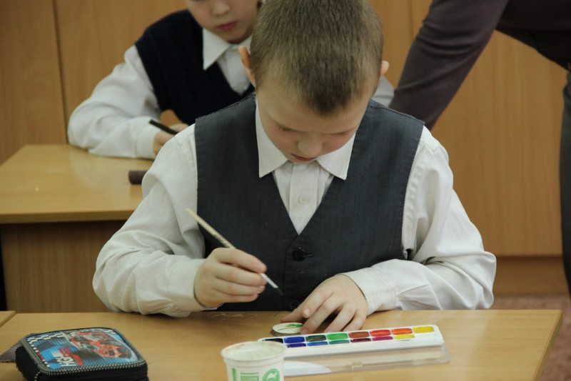 Изготовление сувениров. Фото Е. В. Князевой