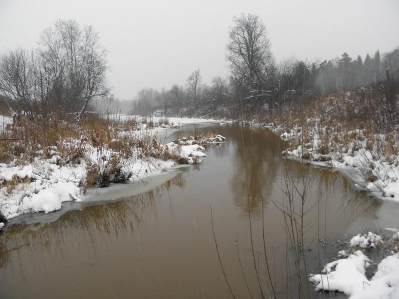Река Прость в конце ноября. Фото Л.Г. Целищевой