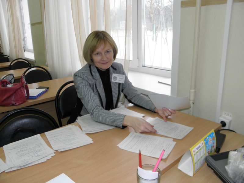 Е.Г. Шушканова - жюри 10-11 классов. Фото Л.Г. Целищевой