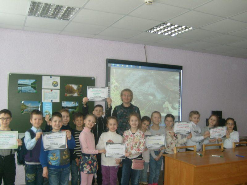 """Ученики 2 """"А"""" класса ЛИнТех №28 вместе с Попцовой Л.М."""