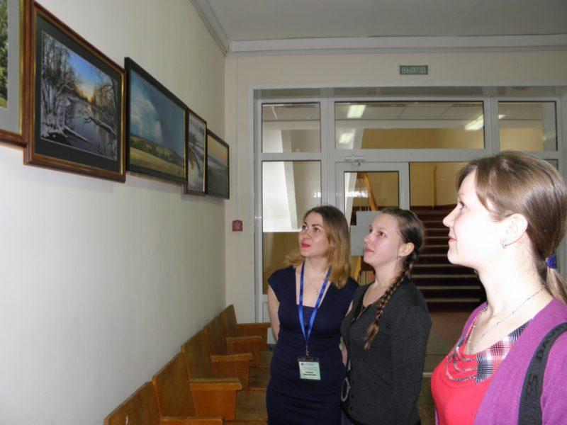 У выставки фотографий Широкова_Фото Целищевой Л.Г.