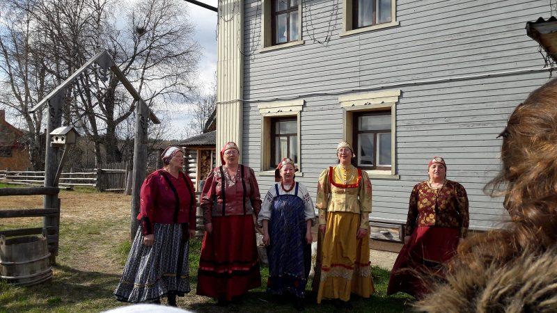 Радушная встреча участников семинара. Фото М. Н. Владыкиной