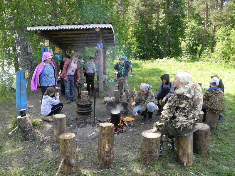 Волонтеры ЛЕН в заповеднике. Фото Л.Г. Целищевой
