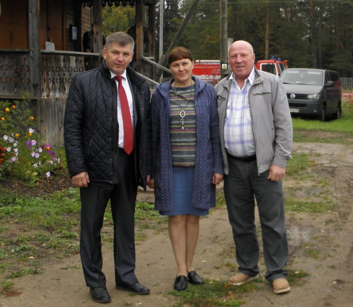 С директором заповедника Кологривский лес П. В. Чернявиным